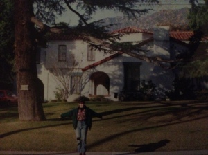Brenda and Brandon's house from Beverly Hills 90210. Check out my 90s ripped jeans, floral shirt and Brenda-style fringe!
