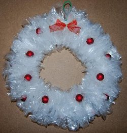 christmas-wreath-plastic-bags