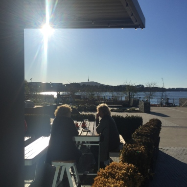 Glorious late winter afternoon at Kingston Foreshore