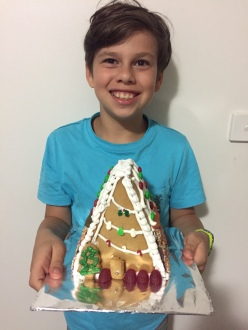 I have a friend who is an amazing baker and whipped up a few of these for friends and family over Xmas - amazing Ginger Bread house.
